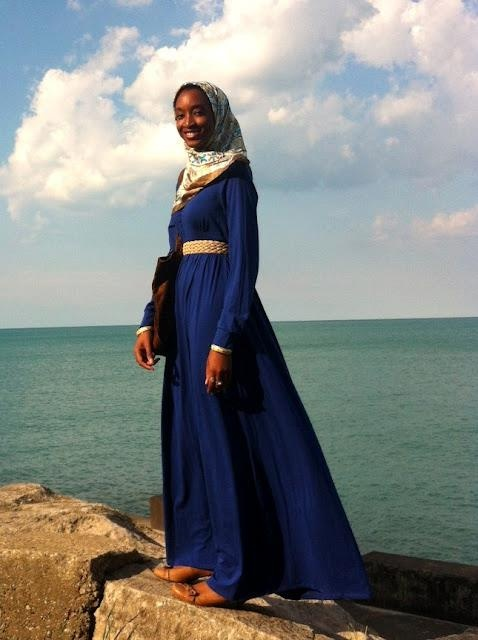 Love this outfit! Since I'm not muslim, I'd wear a different head scarf
