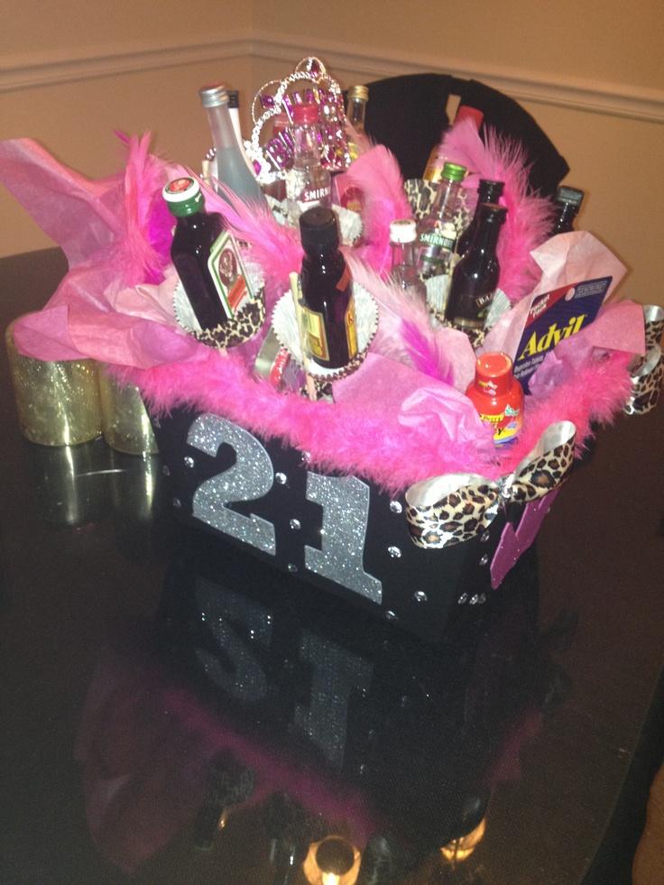21st birthday basket I made my best fren!!!!!