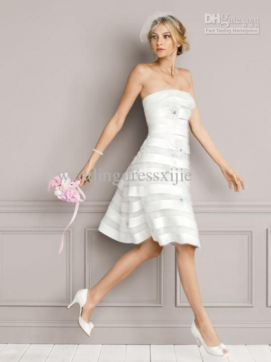 wholesale short beach wedding dresses bridal gowns tulle strapless knee length a line flower best