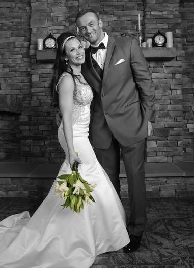 On December 31, 2015, former WWE Diva Mickie James married her long time boyfriend, Nick Aldis, who works as Magnus in TNA. In September 2014, the couple had their first child, Donovan Patrick. They announced their engagement in December 2014 via Twitter.