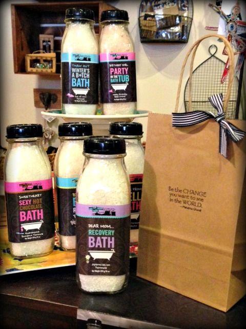 Walton Wood Farms Bath Soaks - a gift & card in one! #WaltonWoodFarm #WomenSmellPretty #UniqueGifts #BathSalts