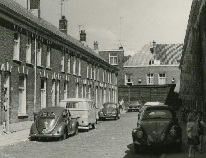1968 Rijswijkseweg, het hofje naast nr. 262