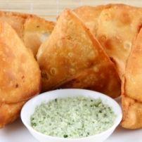 *Phyllo Samosas*  Pittige gekruide indiaas recept gemaakt met phyllo deeg