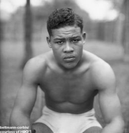 "JOE LOUIS ...  Won 66 Lost 3, 52 KO (66-3)    Known as ""The Brown Bomber"", Joe Louis was an American Icon. He was clearly a shining star head and shoulders above the rest in his time. He couldn't lose. Joe Louis only had 1 legitimate loss against Germany's Max Schmeling which he later avenged in a sensational and historical 1st round KO."