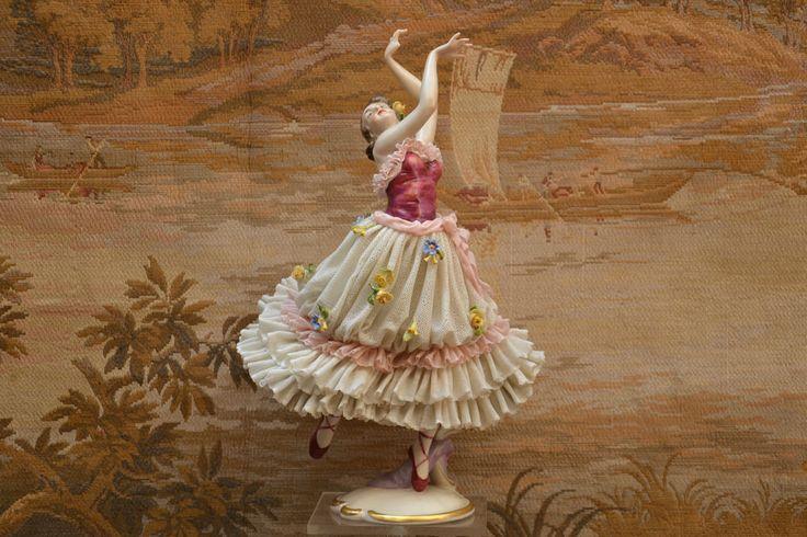 aelteste volkstedt gro e figur ballerina handmade in. Black Bedroom Furniture Sets. Home Design Ideas