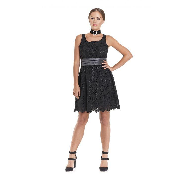 Φόρεμα σε δαντέλα κορδονέ αμάνικο σε γραμμή Cinderella με ζώνη στην μέση