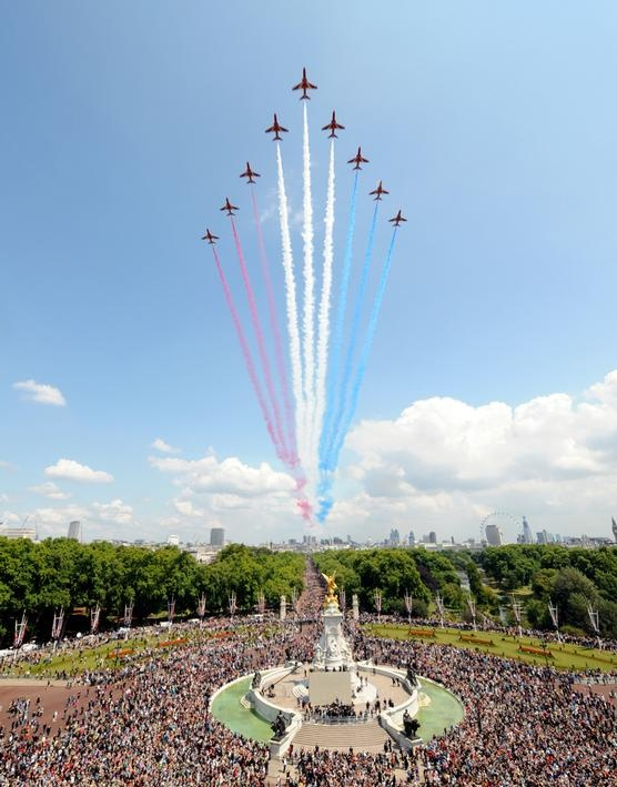 Queen's Birthday Flypast 2011  Royal Air Force Aerobatic Team 'The Red Arrows' overflying Buckingham Palace.