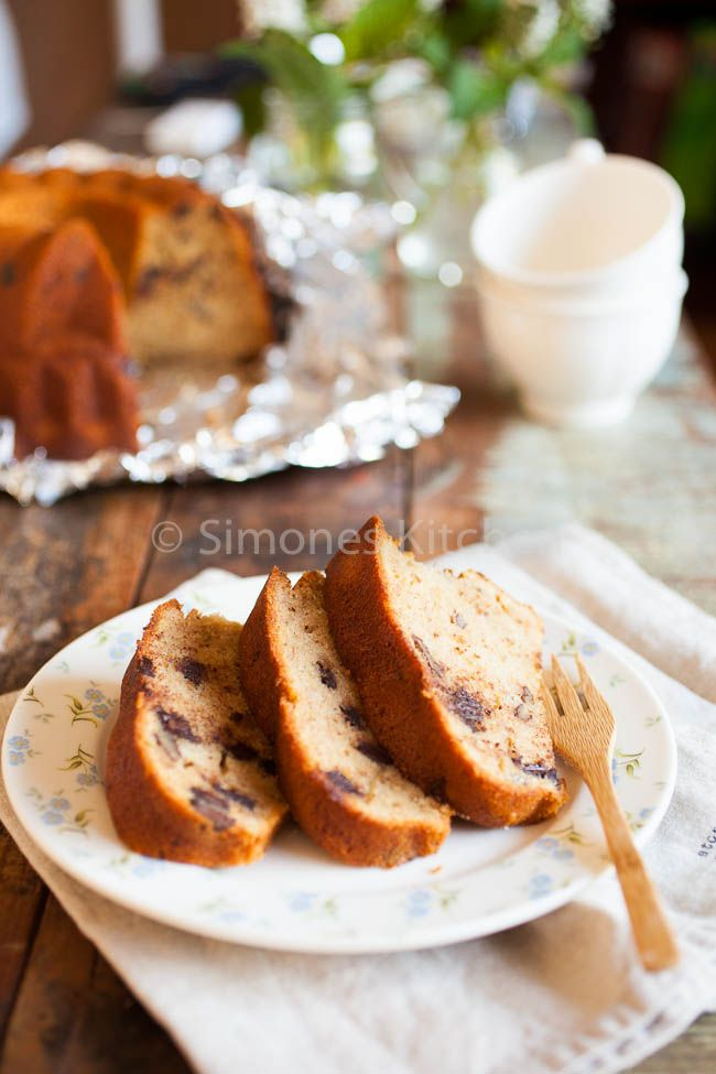 Banana chocolate and pecan bundt cake - Simone's KitchenSimone's Kitchen