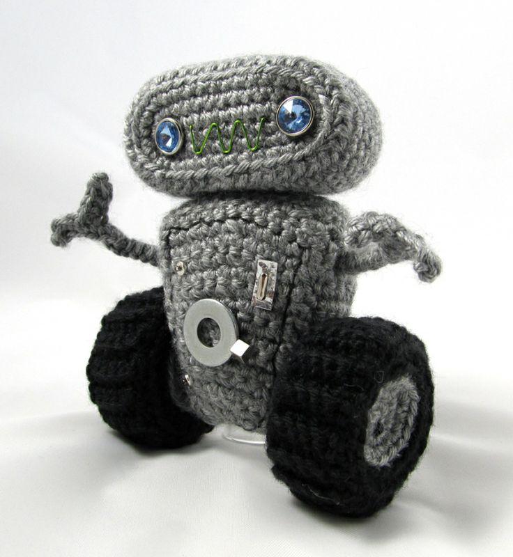 Free Amigurumi Robot Pattern : 17 Best images about Crochet Robots on Pinterest ...