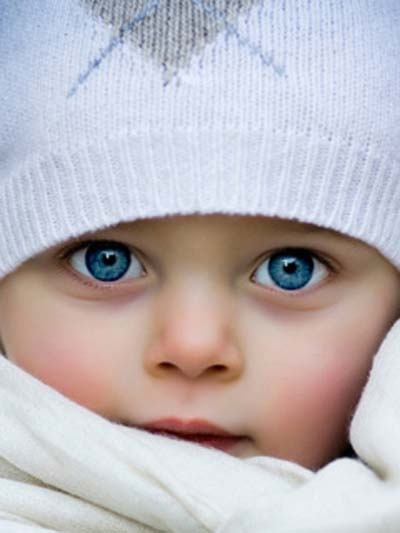 So adorable clear blue eyes.