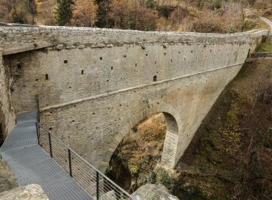 Lato nord ponte d'ël aosta