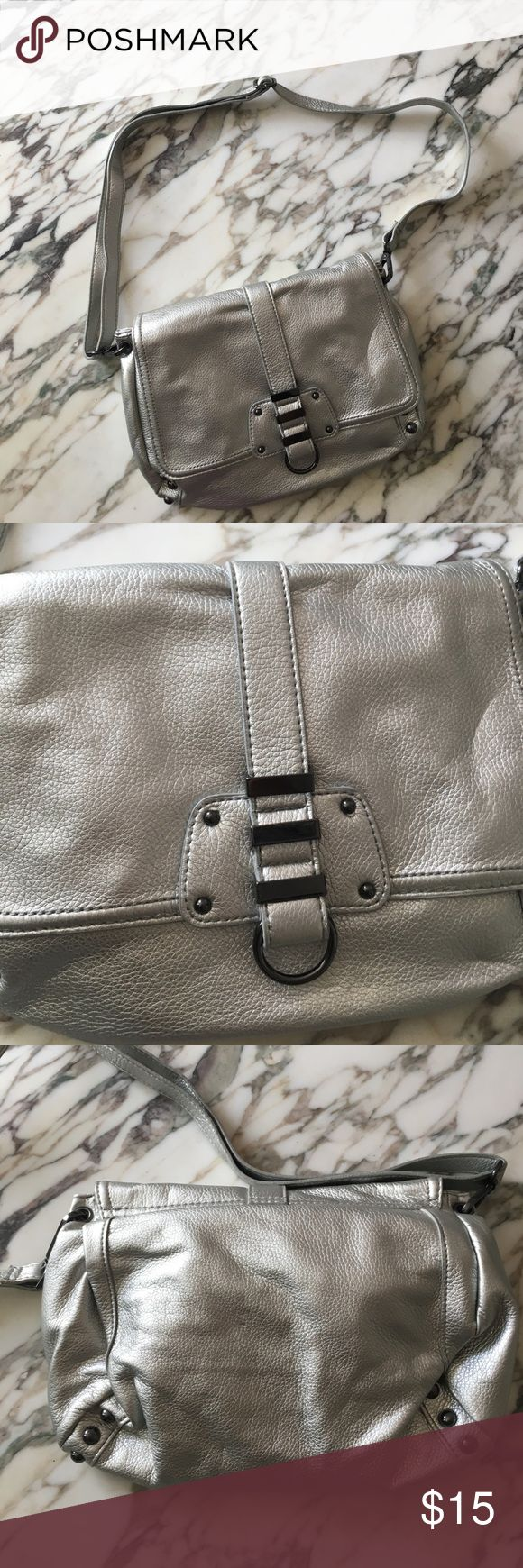 NWOT H&M purse Silver H&M purse. Never worn or used. Make me an offer! Bundle and save! H&M Bags Shoulder Bags