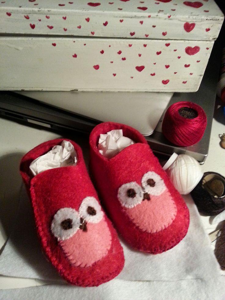 Le scarpette di Umberto, bambino delizioso.