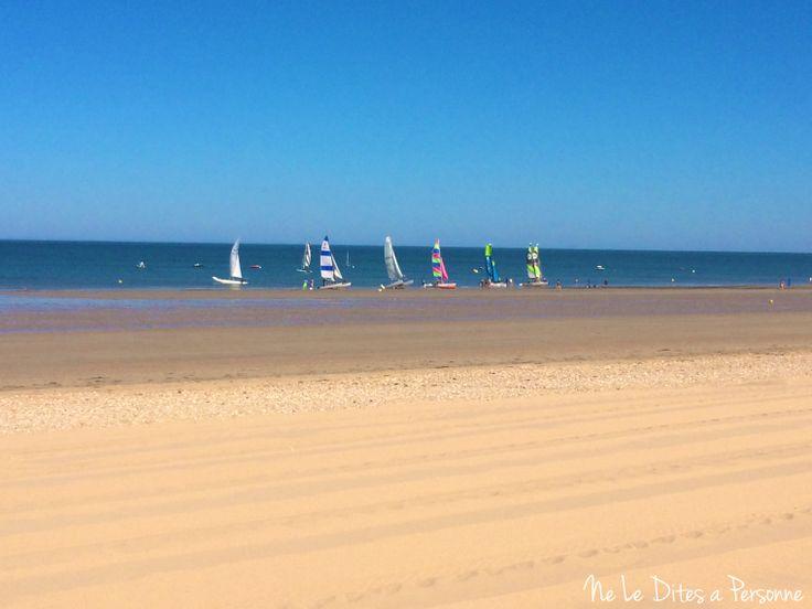Bateaux sur la plage de Notre Dame de Monts Ne Le Dites à Personne