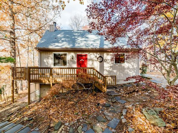 2554 Stapleton Rd Madison Heights Va 24572 Mls 310242 Zillow Pleasant View Zillow Staining Deck