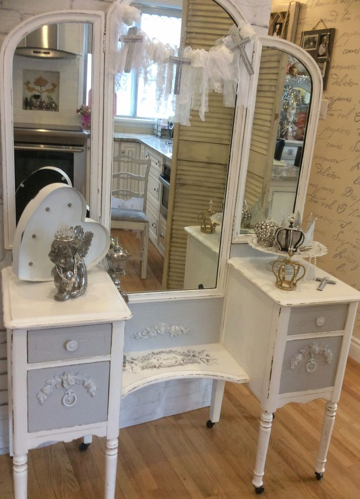 Cherub Antique Vanity – Reader Feature Chalk Paint French Graphics
