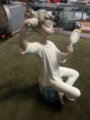 Lladro Little Girl Brushing Hair With Mirror Lladro I D