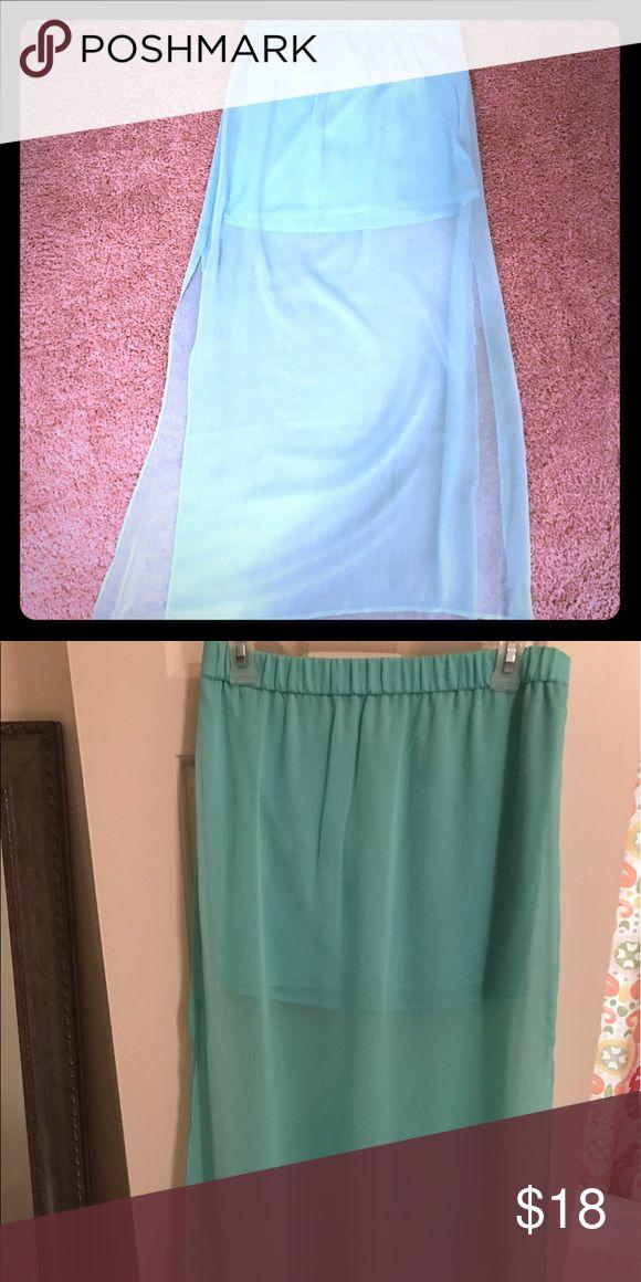Express Sheer Chiffon Mint Maxi Skirt So cute! Express Skirts Maxi