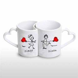 Sevgililere Özel Çiftli Aşk Kupası  Aşkınız yarım kalmasın diye kupaları birleştirdik. Sevgililer Günü'nde doğum günlerinde sevgilinize alabileceğiniz hediye çiftli sevgili kupası.  Çiftli sevgili kupası için tek yapmanız gereken sipariş notunuzda hem kendinizin hem de sevgilinizin ismini kupa üzerinde belirtmek.