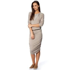 Vero Moda - Simbal LS Above The Knee Dress - Bodycon Dresses Available in  Moon Rock
