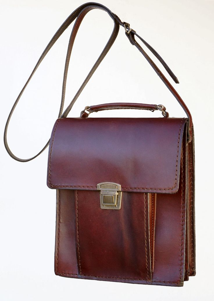 Freestyle Madbag Large (Dark Red) Handmade Genuine Leather Unisex Bag R 1'499.  Handcrafted in Cape Town, South Africa. Width: 23 cm Height: 26.5 cm Gussets: 6 cm See online shopping for availability. Shop online https://www.thewhatnotshoes.co.za Free delivery within South Africa.
