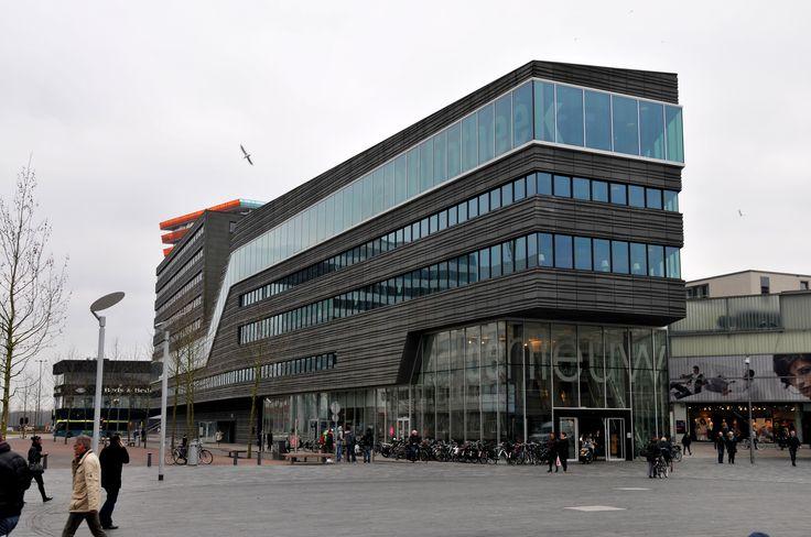 De nieuwe bibliotheek in Almere.