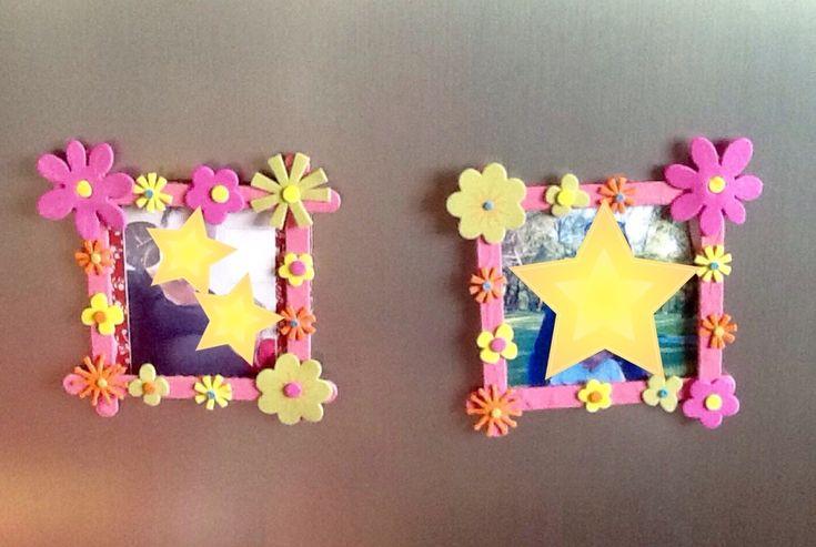 Voilà, nous y sommes !! c'est la fête des mamans !! Nous avons bien travaillé avec les grands et avons réalisé des cadres photos magnets et une jolie carte avec un petit poème que les enfants ont appris par coeur.... Pour le cadre photo des batonnets...