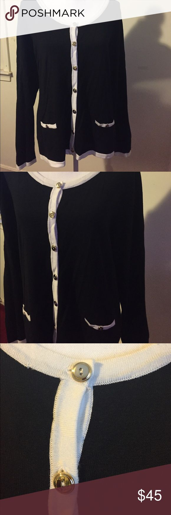 Black and white cardigan Black and white cardigan. 75% rayon and 25% polyester carolyn taylor Sweaters Cardigans