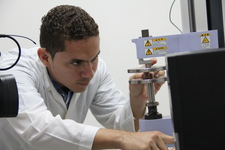 Universidad de Cartagena, cuenta con equipo de alta tecnología, capaz de determinar las propiedades de los alimentos #Unicartagena #IngenieríadeAlimentos