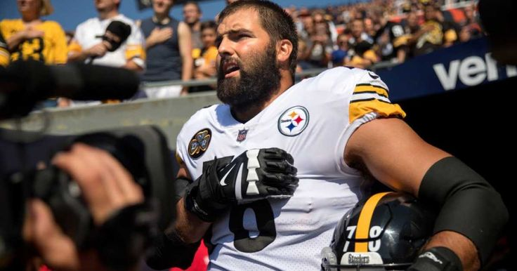"""As more than a tenth of NFL players were refusing to stand for the national anthem on Sunday in """"solidarity"""" with other anthem kneelers and in """"resistance"""" to President Trump, a few teams, including the Pittsburgh Steelers, opted to stay in the locker room during the performance of The Star-S"""