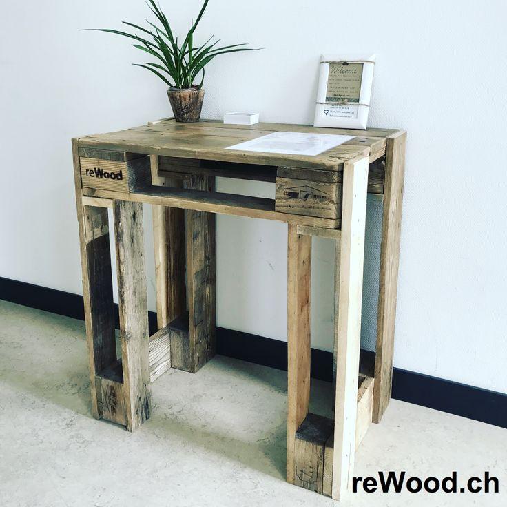 Pult von reWood //  Stabiler Schreibtisch  // Palettenmöbel aus der Schweiz, Bern, Biel // marcorothphotography.ch