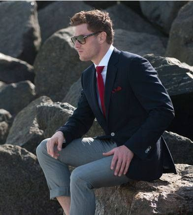You won't want to leave home without SAMUELSOHN's Performance Travel Blazer made from fully wrinkle-resistant super 120's Rain System Wool by Loro Piana. #fashion