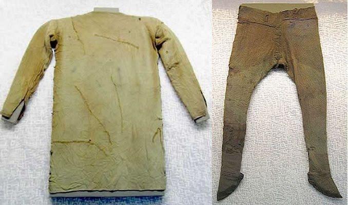 Elementy ubioru wczesnośredniowiecznego - Ewolucja Modowa