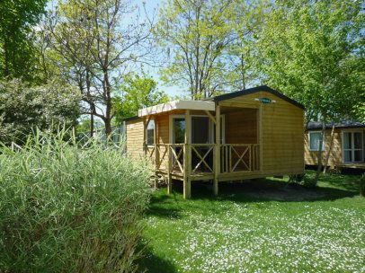 Camping Chantepie ***** - ST HILAIRE ST FLORENT #camping #loire