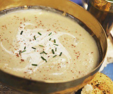 Rezept: Pastinakensuppe indische gewürzt mit Fladenbrot