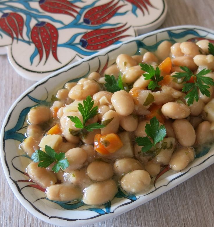 Turkish Braised Cannellini Bean or Fasulye Pilaki from VegFusion