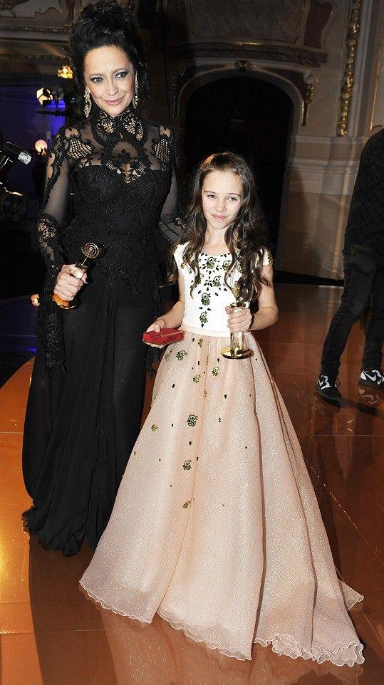 Není divu, že o fotku s roztomilou Charlotte stála i Lucie Bílá.