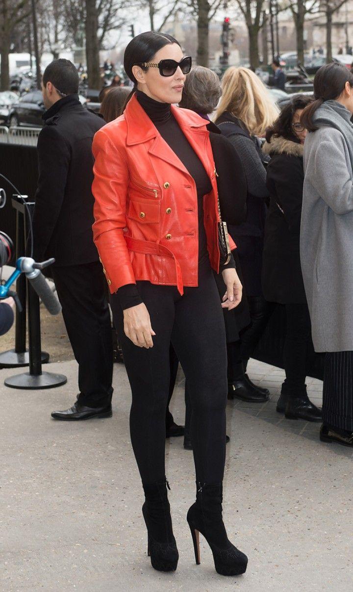 Плотные леггинсы обтягивали ноги актрисы, как вторая кожа. Фото: EAST NEWS.