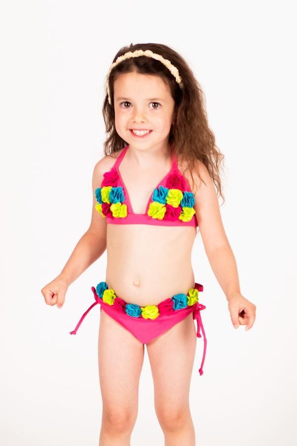 little-girl-loses-bikini-karen-gaurisas-porn
