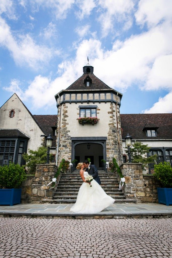 wedding destinations in new jersey%0A A lovely New Jersey wedding at the Pleasantdale Chateau