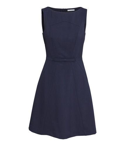 Figurberatung: Diese Kleider kaschieren breite Hüften - BRIGITTE WOMAN