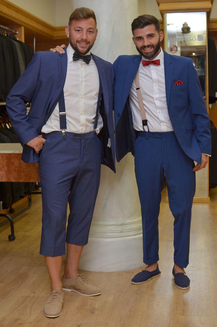 Trajes azul Klein entallados y con largos customizados.