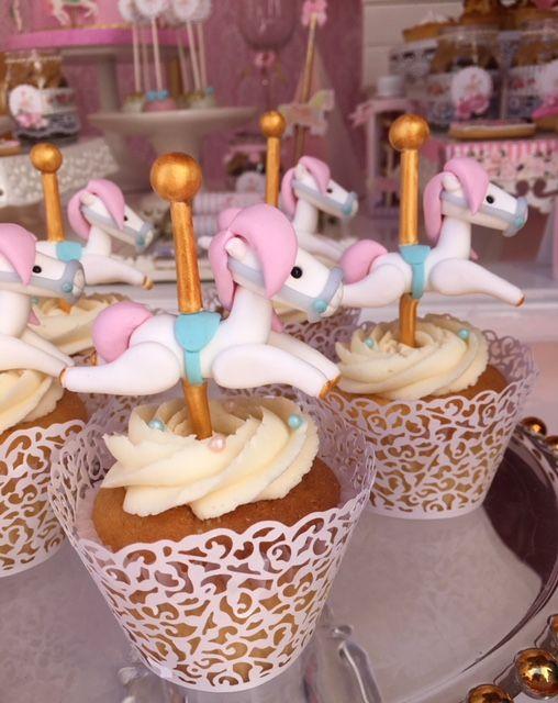 Carousel Cupcakes  Violeta Glace
