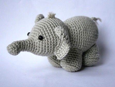 Подробная схема вязания амигуруми слона Оливера с фото