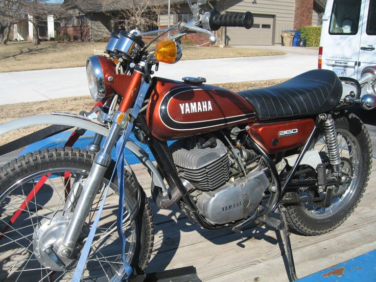 263 best images about vintage yamaha enduros on pinterest. Black Bedroom Furniture Sets. Home Design Ideas