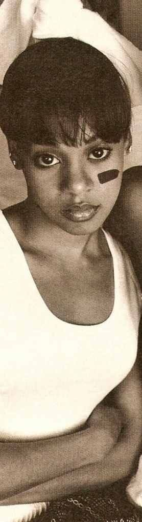 LEFT EYE ~RIP LISA LEFT EYE LOPEZ ~ she had too many hits to name and added the spice to the R&B platinum group TLC