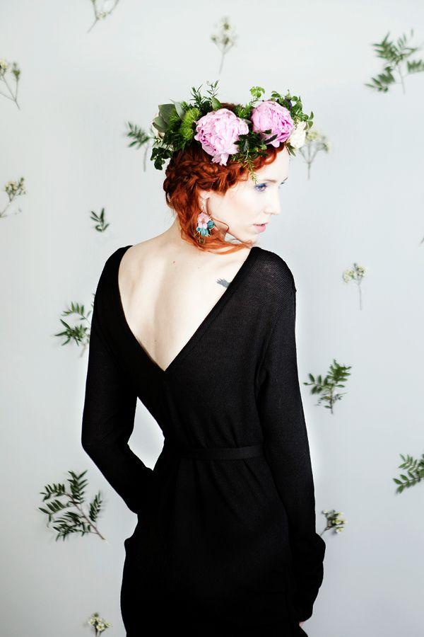 Uhana Design SS16 collection merino wool dress with a belt.