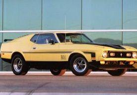 25-Oct-2013 9:07 - FORD BRENGT MACH 1 TERUG NAAR MUSTANG. Eind jaren zestig veegde Ford de concurrentie van tafel met de Mustang Mach 1, een extra sportief en afgetraind model. Het ziet er naar uit dat ook de volgende generatie van Ford's pony car Mach 1- spieren krijgt aangemeten.