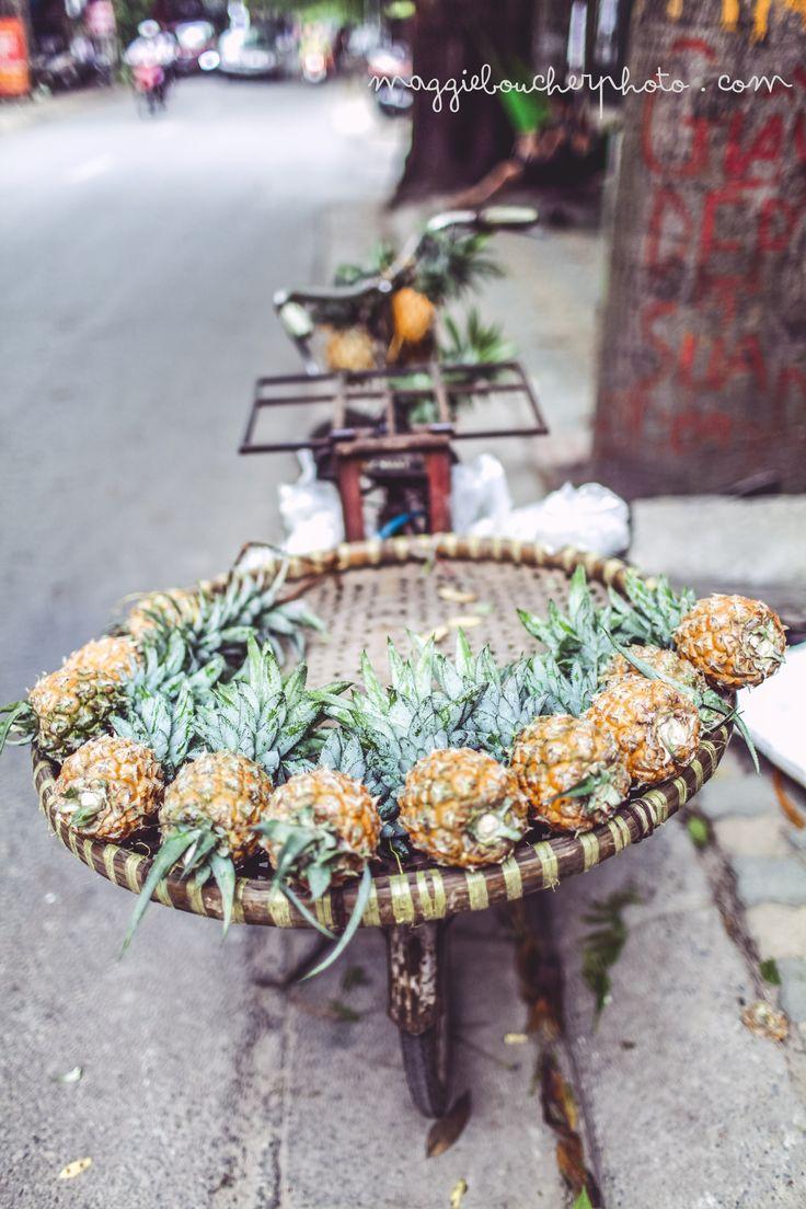 Ananas, Hanoi, Vietnam. Fresh Pineapple!