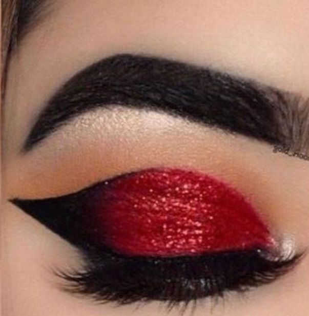 Pin By Ghinwa Aulakh On Makeup In 2020 Makeup Lipstick Beauty